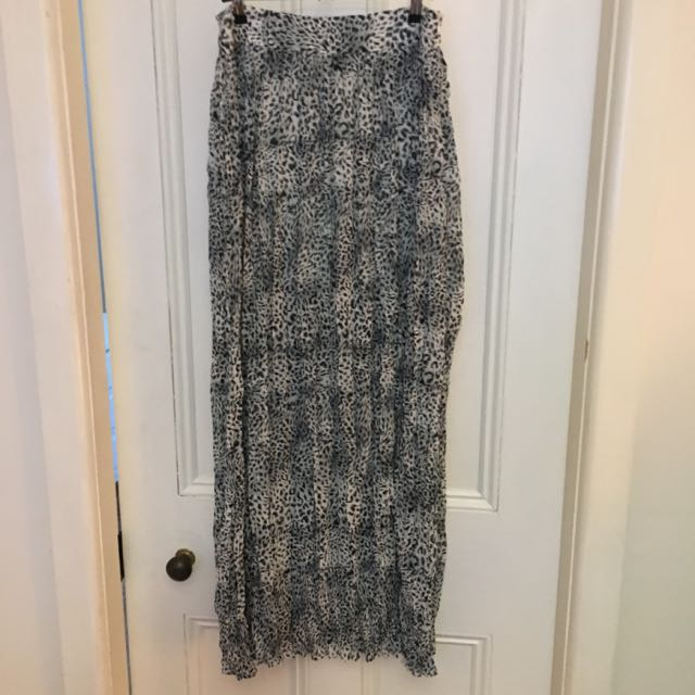 Grey Leopard Print Maxi Skirt