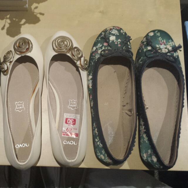 Ladies Size 9 Flats