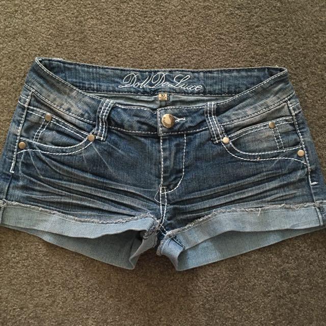 Low Cut Denim Shorts