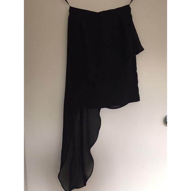 Pilgrim Black 'To The Left Skirt' - Size 6