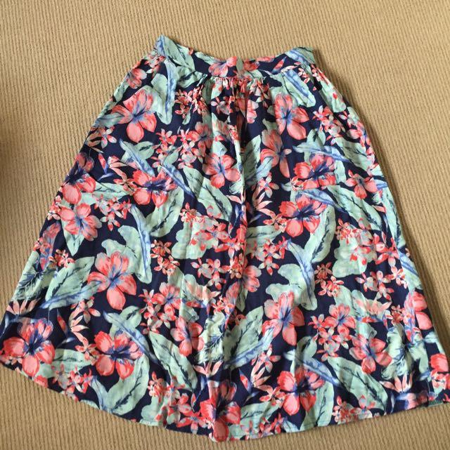 River Island Floral Print Midi Skirt - Size 6-8