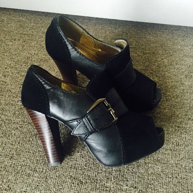 Size 6 RMK Black Pumps Block Heel