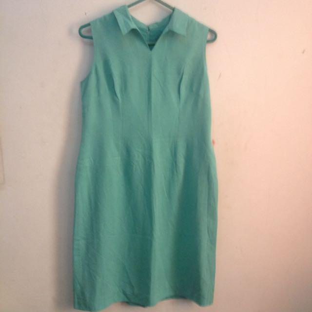 Tosca Dress with Collar
