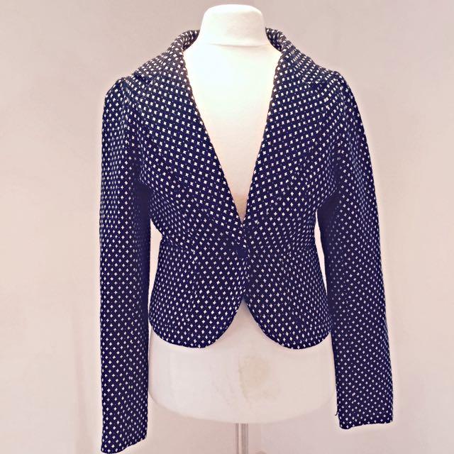 Vintage Look Crop Blazer With Side Pockets