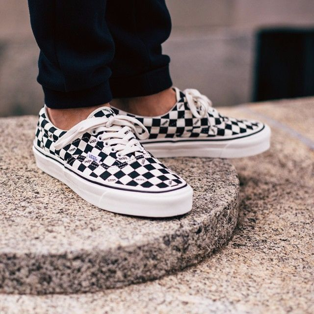 vans checkerboard era og