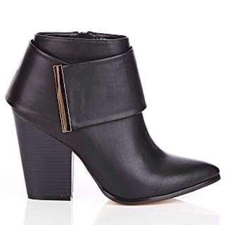 City Chic Ankle Wedge Boots Size 40 / 9