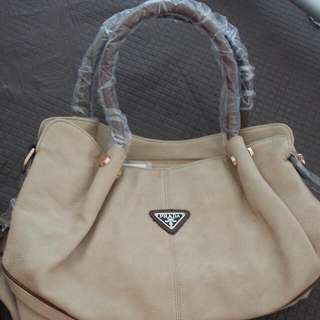 Reduced Price!! Prada Replica Handbag