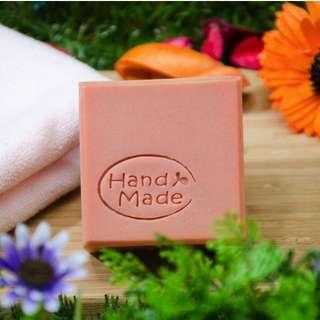 粉紅浪漫皂 純手工製作 採用天然原料 身體無負擔 友善對待大自然