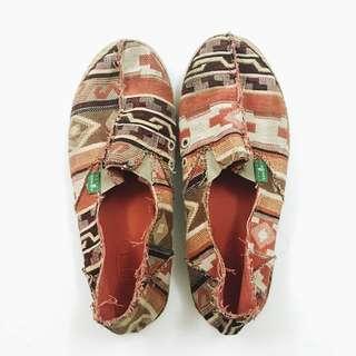 《私物-8.5成新》Sanuk橘色圖騰編織休閒鞋