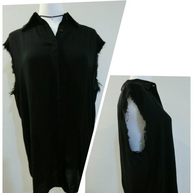 現貨✨莫代爾棉鬚邊背心(黑,白)