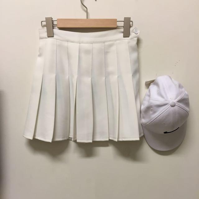 白色 百摺裙