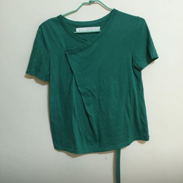 a la sha 綠色上衣