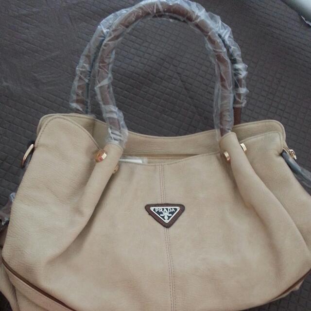 Reduced Price!! Prada Replica Handbag