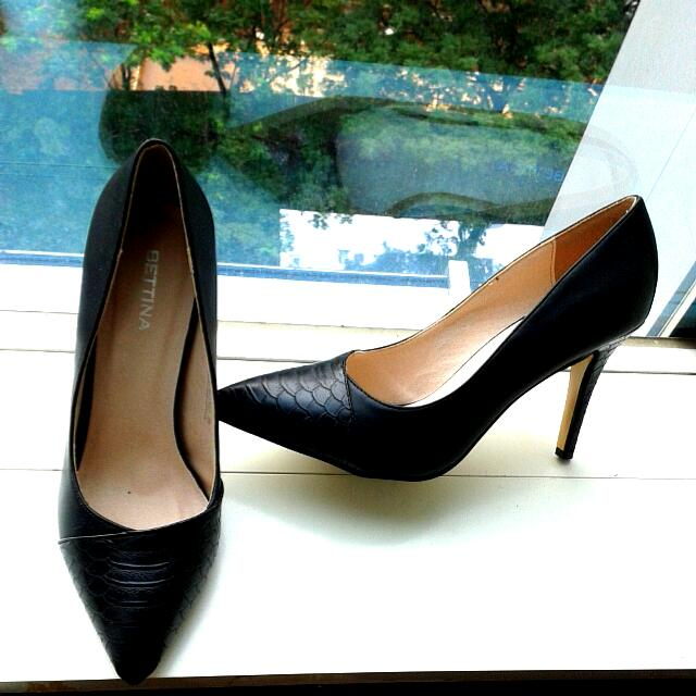 Sepatu Bettina Shoes
