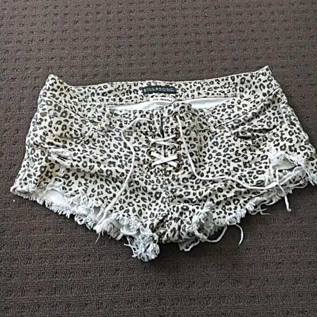 Shorts Size 28 / 10