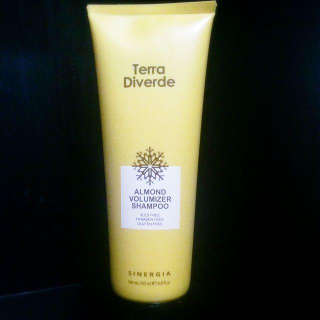 Terra Diverde Almond Volumizer Shampoo