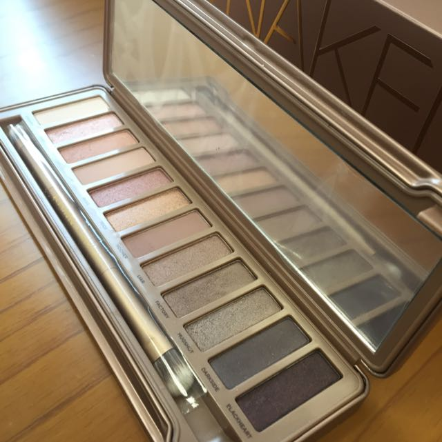 (Original) Urban Decay Naked 3 (Authentic)