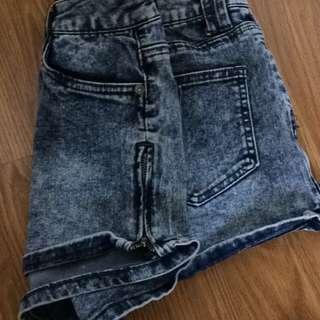 High Wasted Acid Washed Shorts