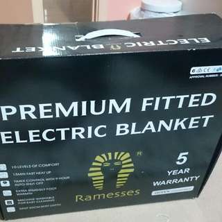 Electric Blanket: Fit Queen Size Bed