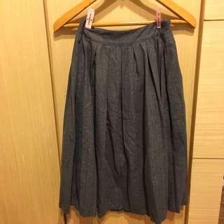 灰色百摺裙