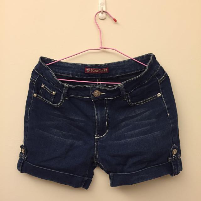 女生牛仔短褲