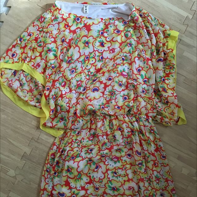 全新 黃色洋裝