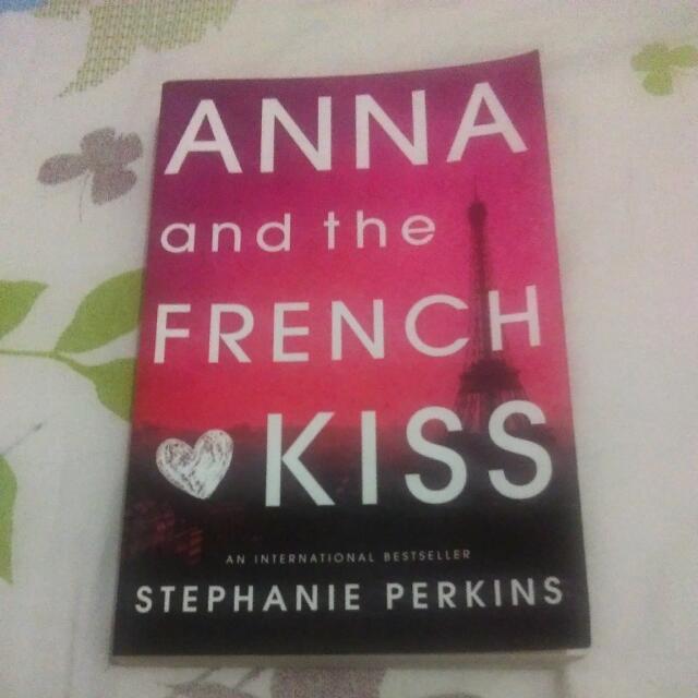 Anna And The French Kiss - Stephaine Perkins