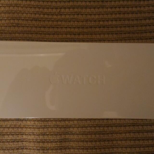 Apple Watch 38mm 白色 要買要快 全新未拆封 超低價