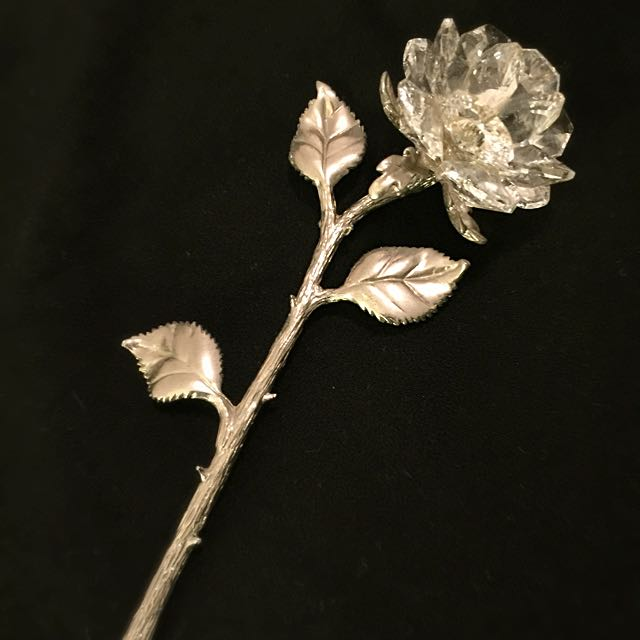 Silver Crystal Rose Display
