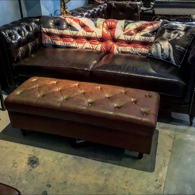 Union Jack Chesterfield Sofa Singapore Furniture On Carousell