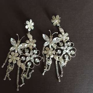 Kookia Earrings