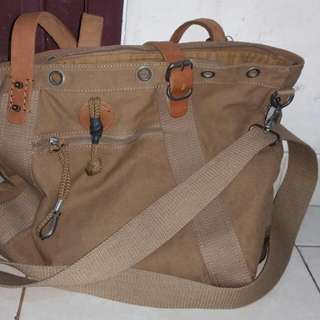 Bag Canvas Mix leather Material.