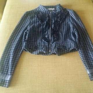 Jacket/scarf/skirt