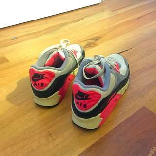 Nike Air Size 10 Women