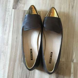 ✨All Black金屬尖頭樂福鞋