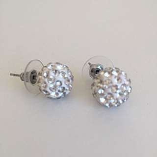 round jewelry earrings