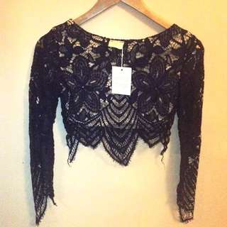 Beautiful Lace Style Cropped Top Navy