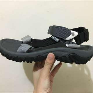 TEVA X BEAMS 通路限定聯名運動涼鞋