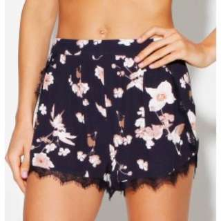 ALICE IN THE EVE shorts