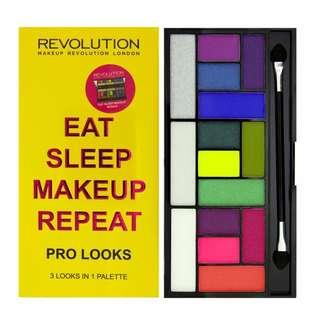 兩件省50元全新 Makeup Revolution限量15色眼影盤 Eat Sleep Makeup Repeat