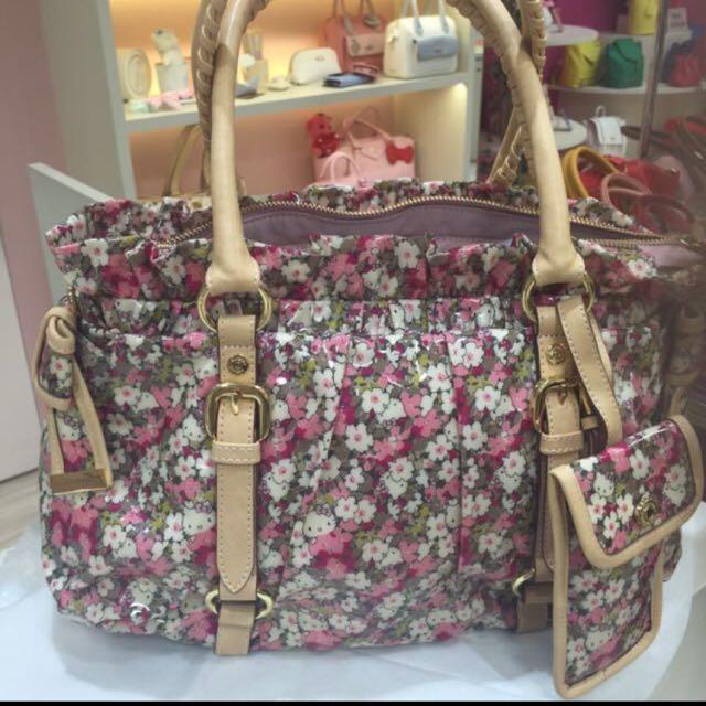 4c00630fc Authentic Samantha Thavasa Hello Kitty X Liberty Floral Print Bag ...