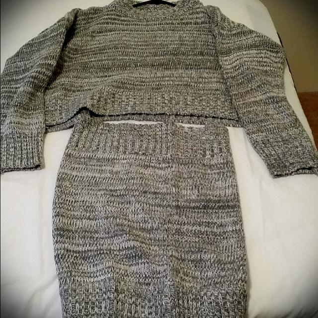 GREY KNITTED Two Piece Set: Cropped Sweater And Skirt