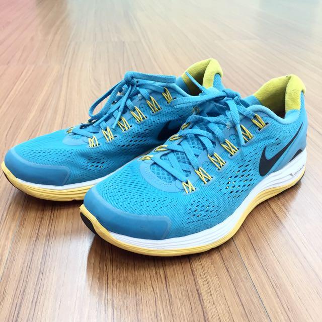 Nike LUNARLON 慢跑鞋