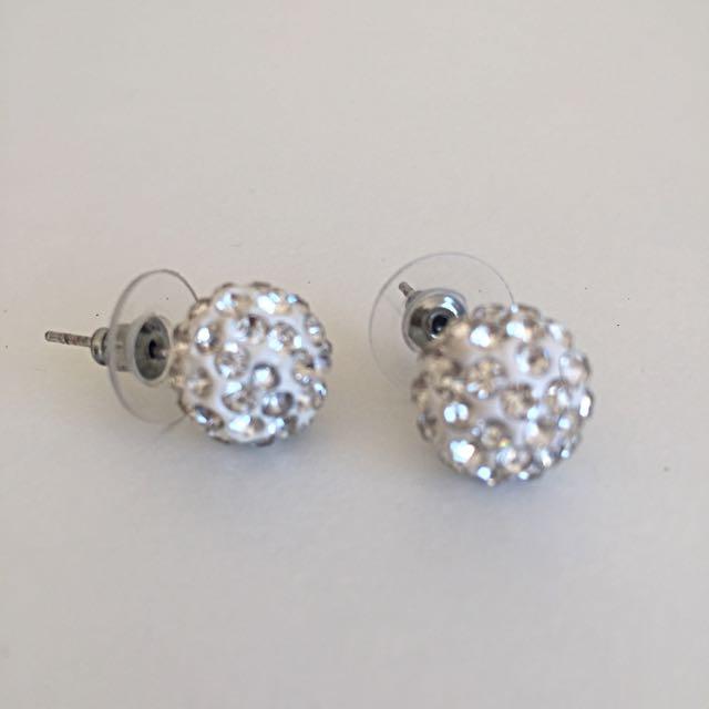 round jewelry earrings