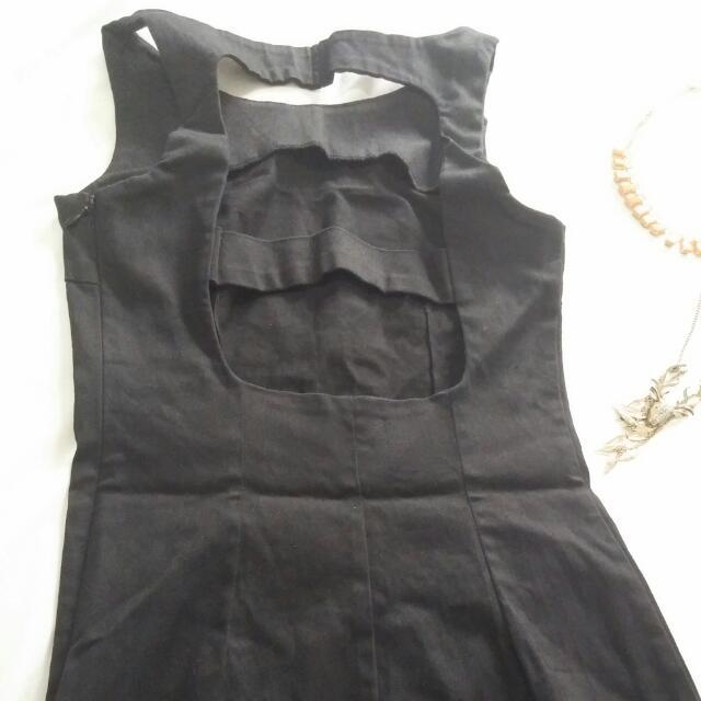 The Iconic Black Dress