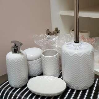 NEW!! Set of Bathroom Utensils, Soap Dispenser Etc