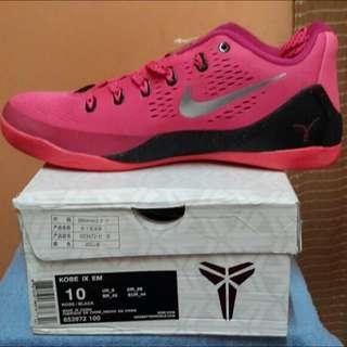 Kobe IX EM