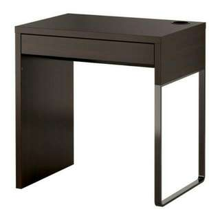 RESERVED Micke IKEA Table