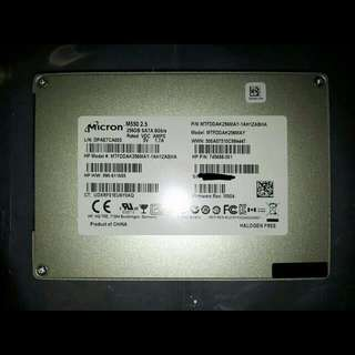 Micron 256GB SSD M550 2.5-inch