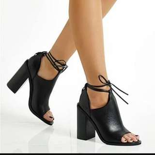 WANTED!!! size 7